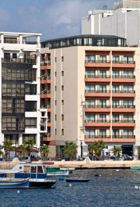 Hotel milano due a il g ira malta migliori tariffe for Ristorante australiano milano