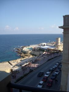 142/7 Tower Road Sliema